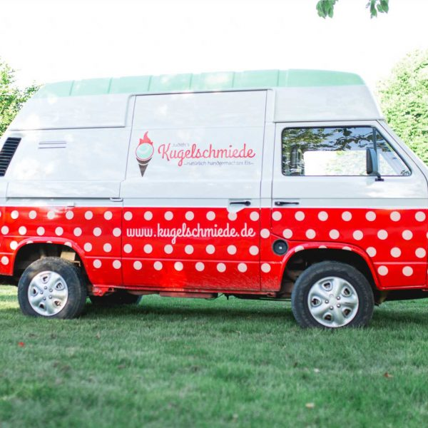 Portfolio Branding Design Kugelschmiede VW Bus